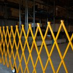 pedestrian_barrier_yellow-12
