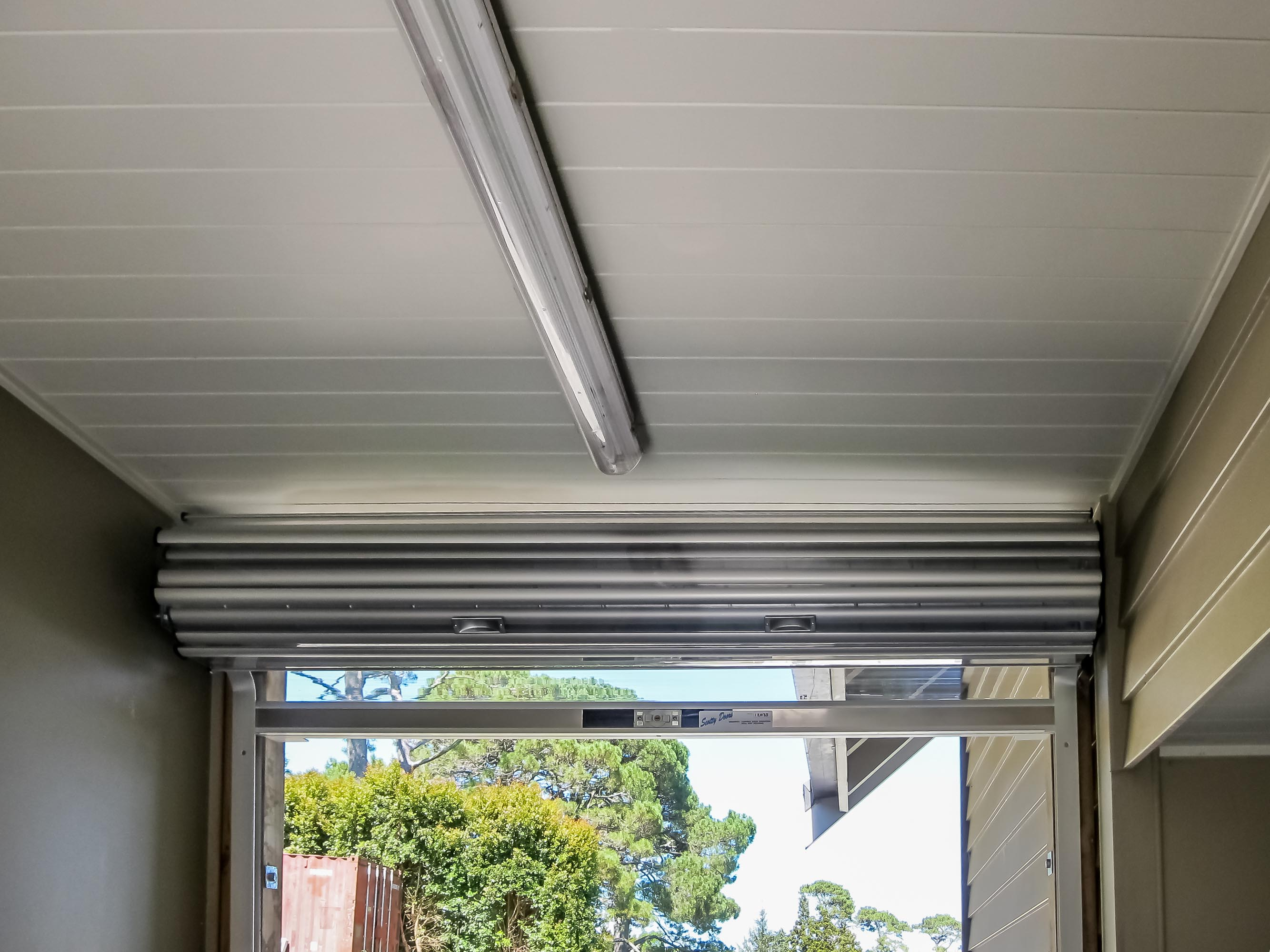 polycarbonated_roller_shutter-5